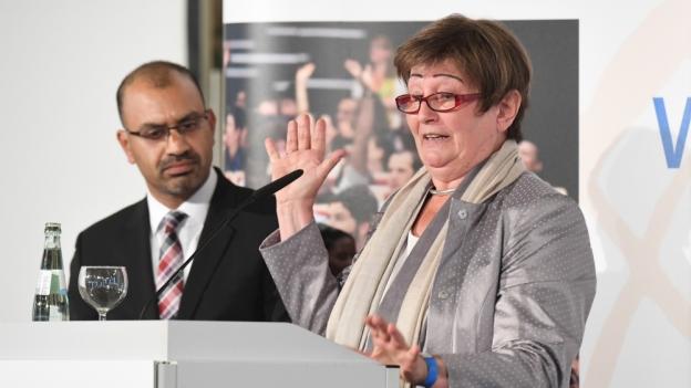 Professor Daad Festveranstaltung Präsidentin Für Margret wP8n0Ok