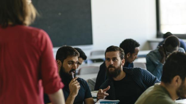 deutsch fr flchtlinge bis zur dsh an der hochschule mnchen - Fh Munchen Bewerbung